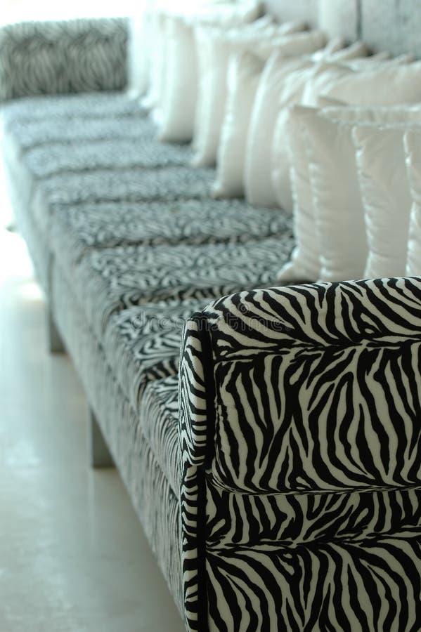 Sofá da zebra foto de stock