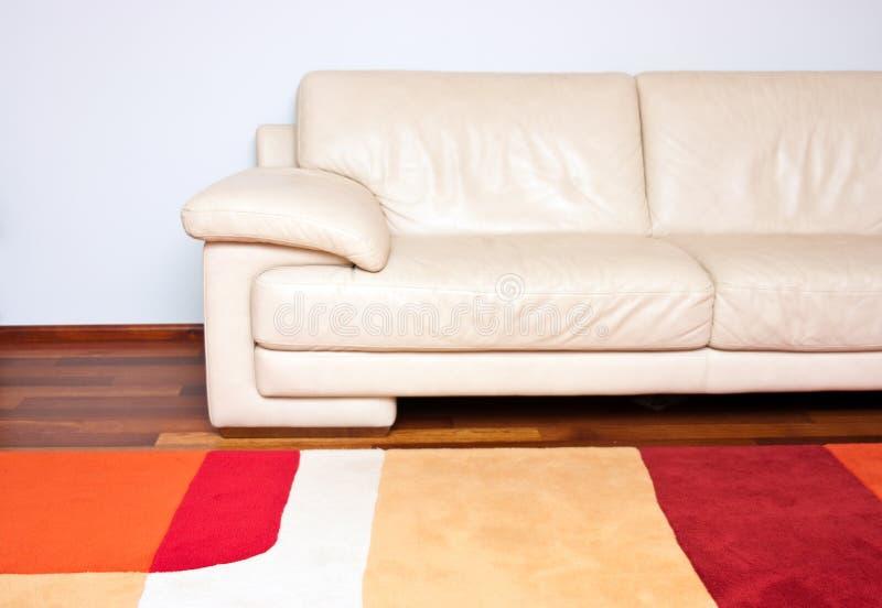 Sofá de cuero foto de archivo