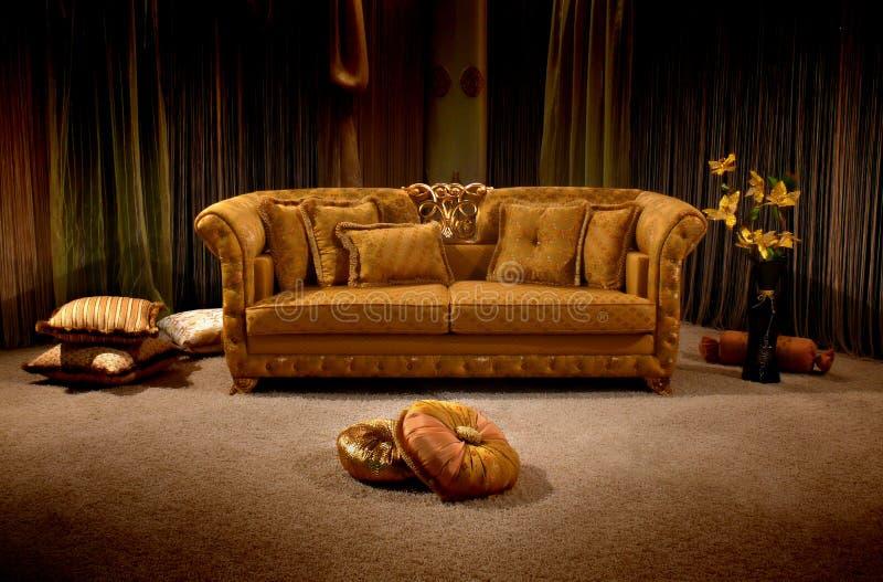 Sofa de cru photographie stock libre de droits