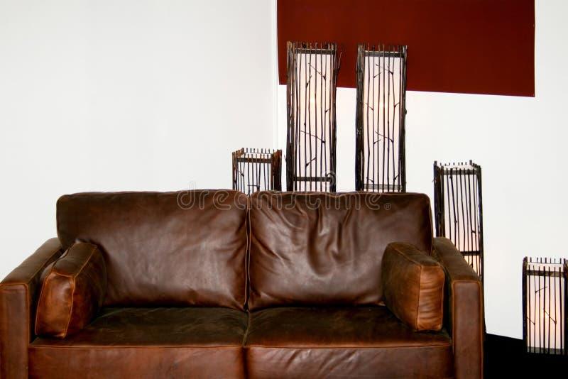 Sofa et lampes images libres de droits