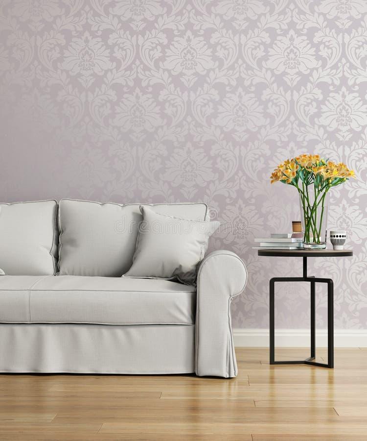 Sofa gris avec un papier peint pourpre de victorian de damassé photos libres de droits