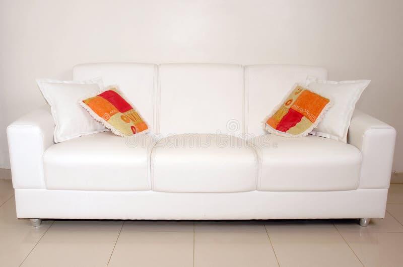 Sofa - intérieurs images libres de droits