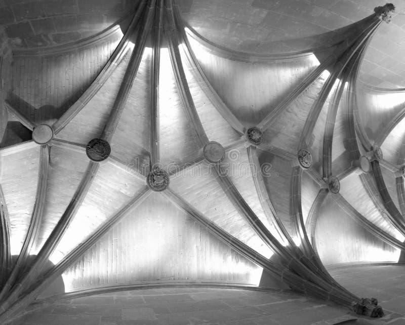 Soffitto Vaulted medioevale in bianco e nero immagini stock libere da diritti
