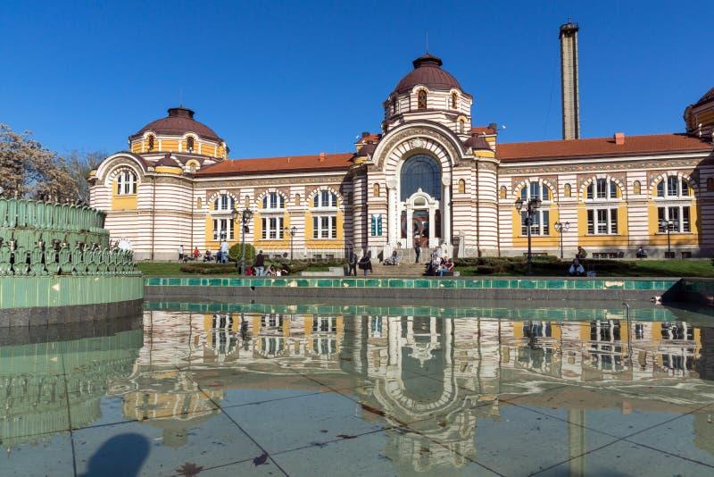 SOFIA BULGARIEN - APRIL 1, 2017: Centralt mineraliskt bad - historiemuseum av Sofia arkivfoto