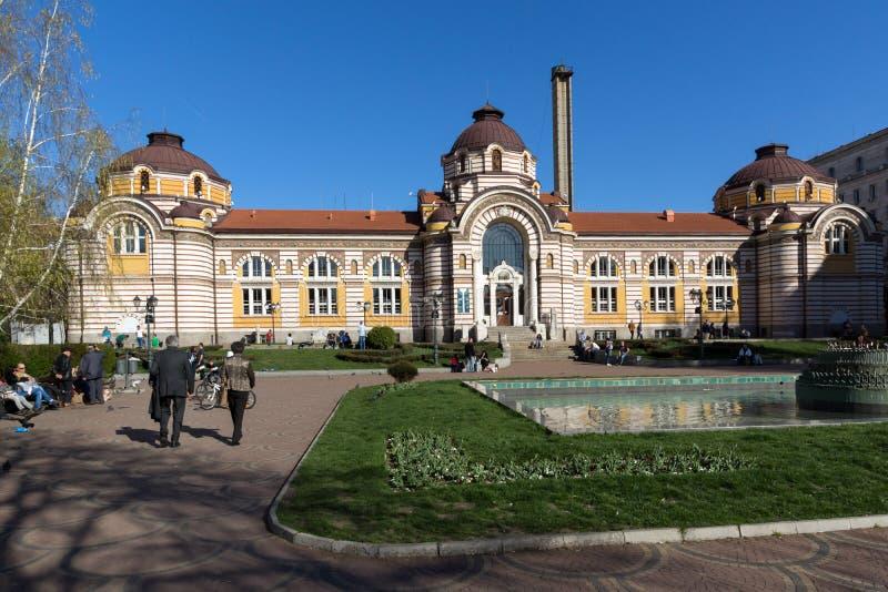 SOFIA BULGARIEN - APRIL 1, 2017: Centralt mineraliskt bad - historiemuseum av Sofia arkivbilder