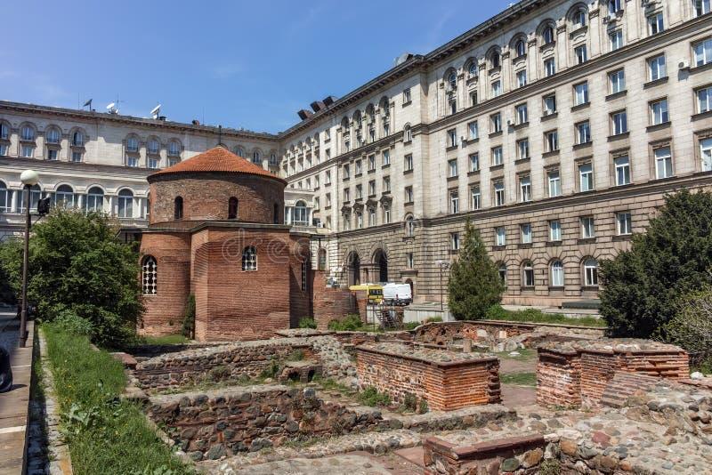SOFIA, BULGARIJE - APRIL 24, 2018: Verbazende mening van Kerk St George Rotunda binnen in Sofia royalty-vrije stock afbeelding