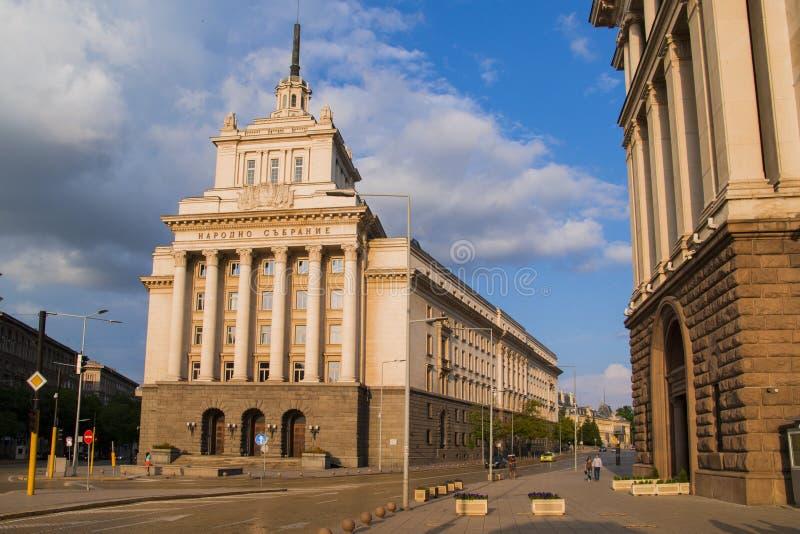 SOFIA, BULGARIJE 23 Juli 2018: De nationale assemblee oude bouw stock afbeelding
