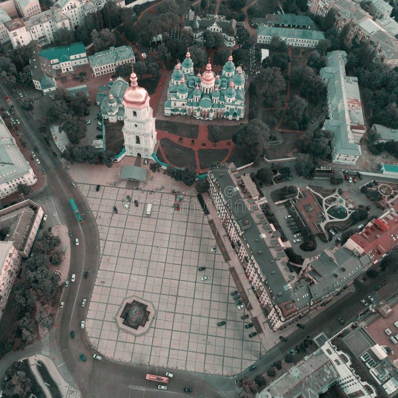Sofievskaya fyrkant och St Sophia Cathedral i Kiev, Ukraina arkivbild