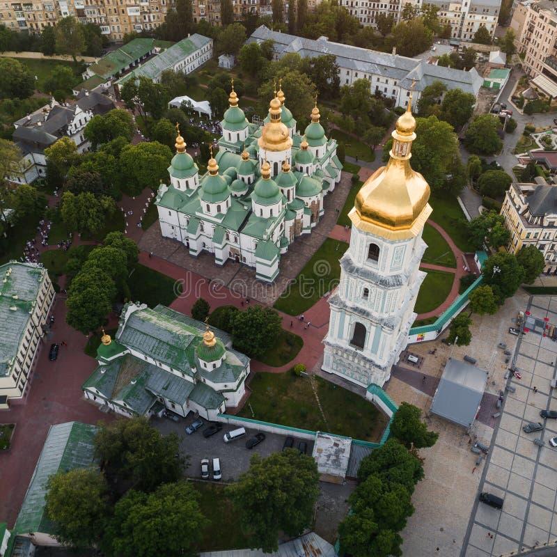 Sofievskaya fyrkant och St Sophia Cathedral i Kiev, Ukraina arkivfoto