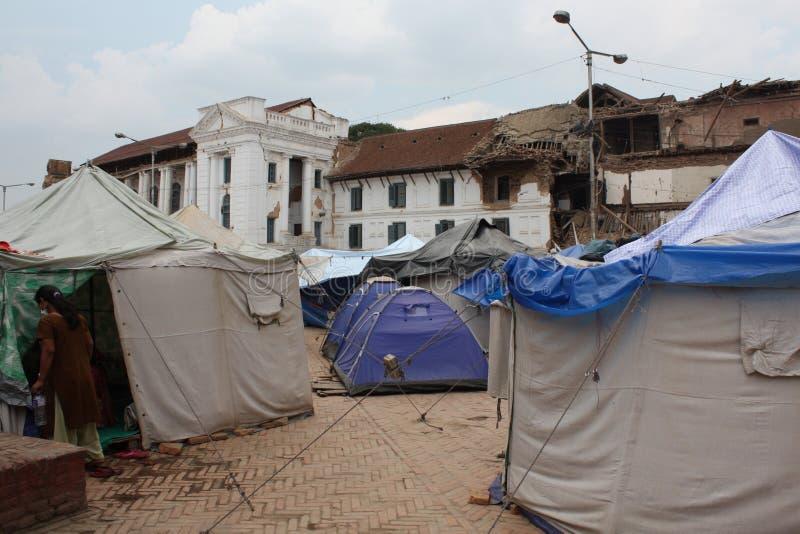 Soforthilfe-Zelte im Durbar-Quadrat-nach 2015 Erdbeben lizenzfreie stockbilder