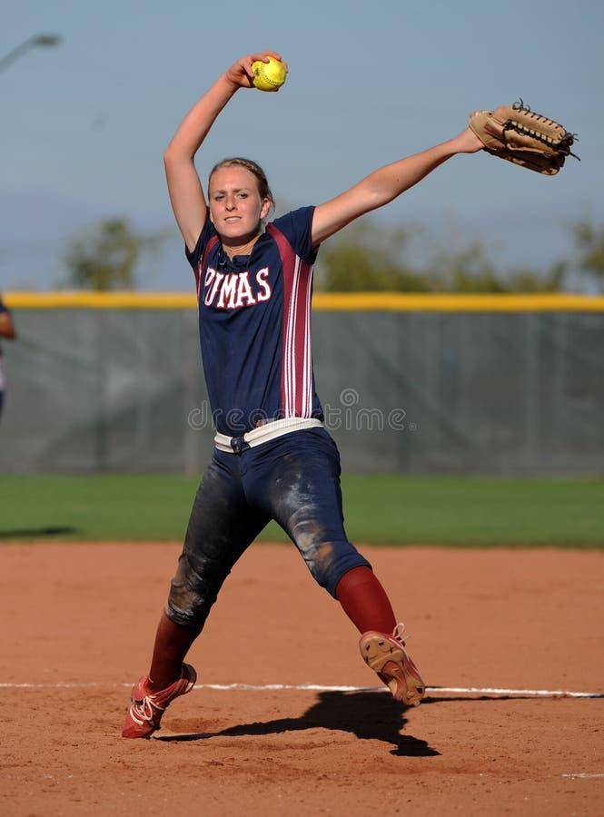 Softball da High School das meninas foto de stock