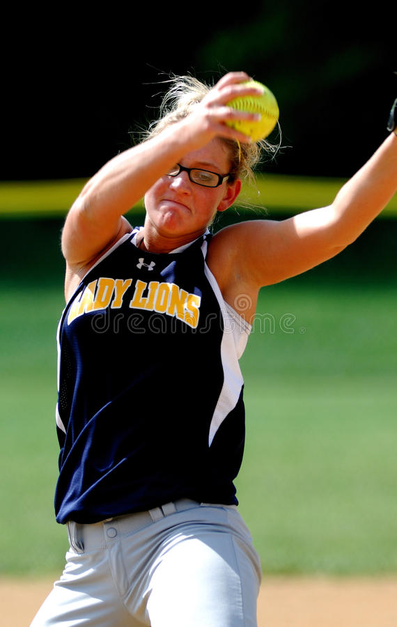 Softball pitcher. GLOUCESTER, NJ - MAY 25: Gloucester High School softball pitcher Courtney Dolson delivers a pitch in the NJSIAA playoff game May 25, 2010 in stock image