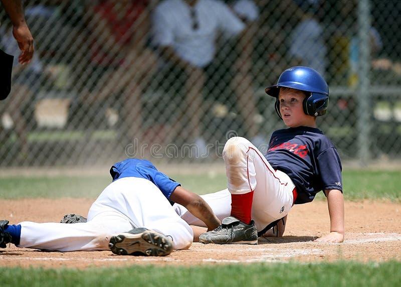 Softball players on field royalty free stock photos