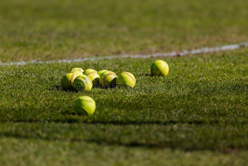 Softballgroep royalty-vrije stock afbeeldingen