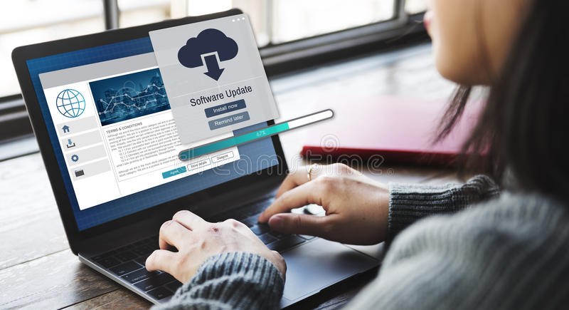 Software-Aktualisierungs-Installations-Verbesserungs-Daten-Konzept lizenzfreie stockfotos