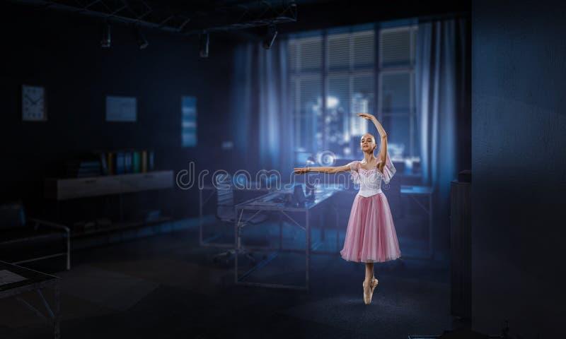Sogno da trasformarsi in in ballerina Media misti fotografia stock libera da diritti