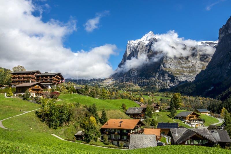 Sogno stupefacente come il paesaggio alpino svizzero della montagna fotografia stock
