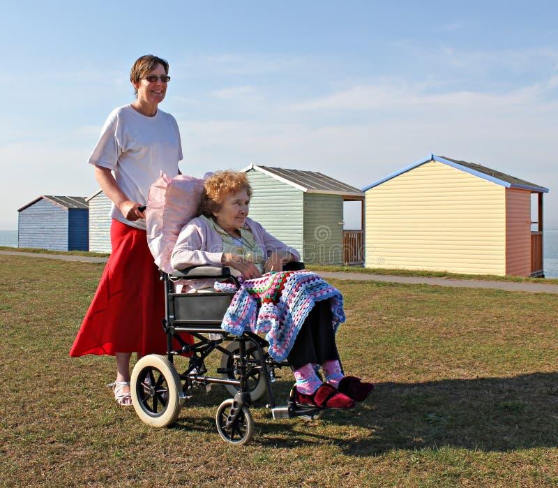 Soin d'invalidité images stock