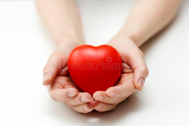 Soin de coeur, assurance médicale maladie ou donner le concept d'amour image libre de droits