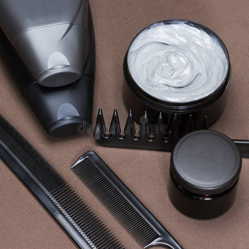 Soins capillaires et produits et accessoires de dénommer photos stock