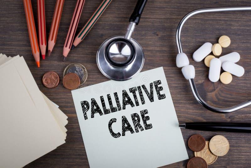 Soins palliatifs Bureau avec le stetascope, fond pour des soins médicaux photos libres de droits