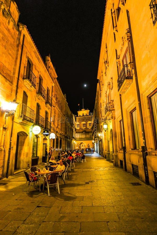 Soirée à Salamanque - en Espagne photo libre de droits