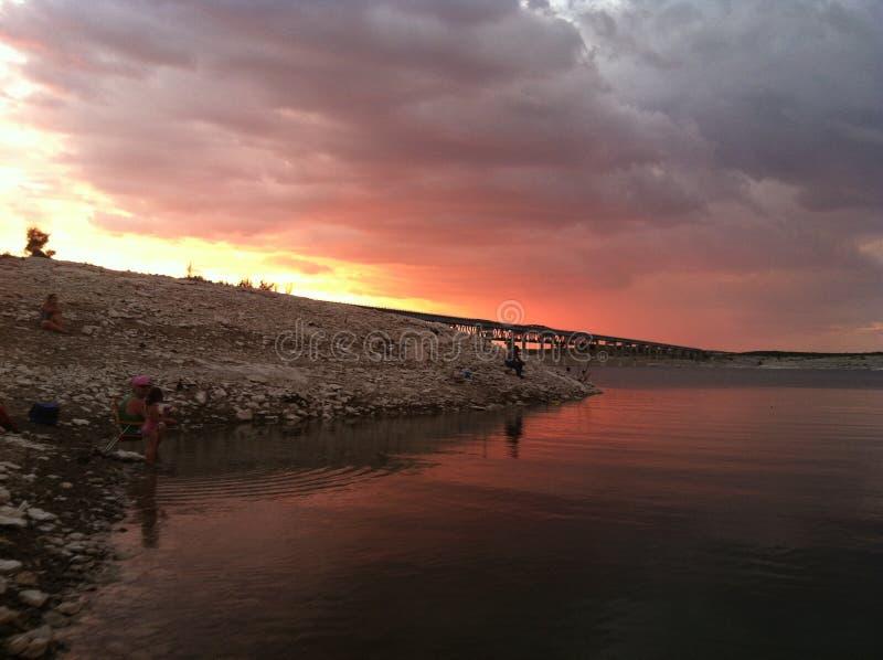Soirée au lac Amistad dans le Texas photographie stock