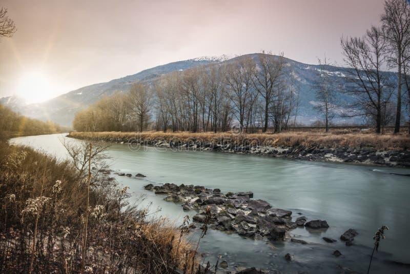 Soirée chez le Rhône photographie stock libre de droits