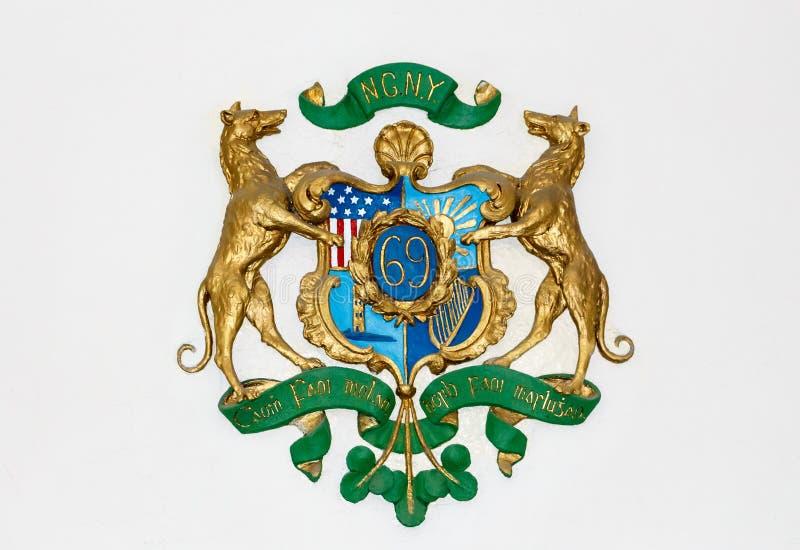 Download Soixante-neuvième Insignes De New York Photo stock éditorial - Image du histoire, patriotisme: 87707963