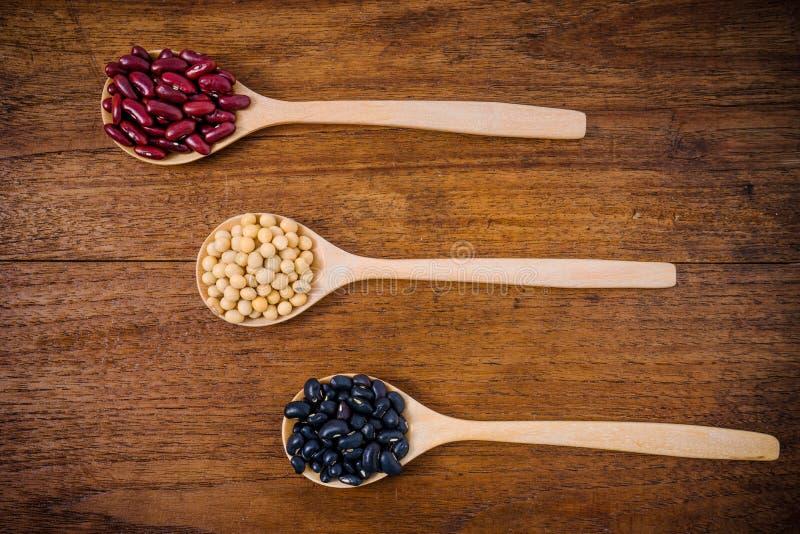 Sojabonen, Nierbonen, zwarte bonen stock afbeelding