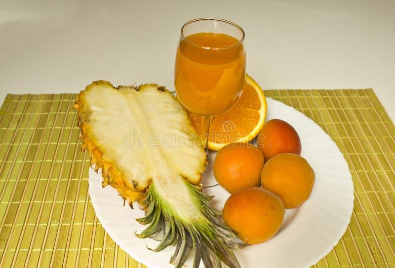 Sok świeże owoc zdjęcia royalty free