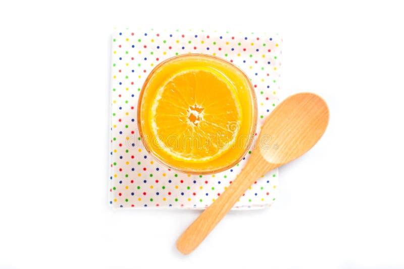 Download Sok Pomarańczowy Pomarańcze Na Białym, Odgórnym Widoku, Zdjęcie Stock - Obraz złożonej z jeden, naturalny: 57659680