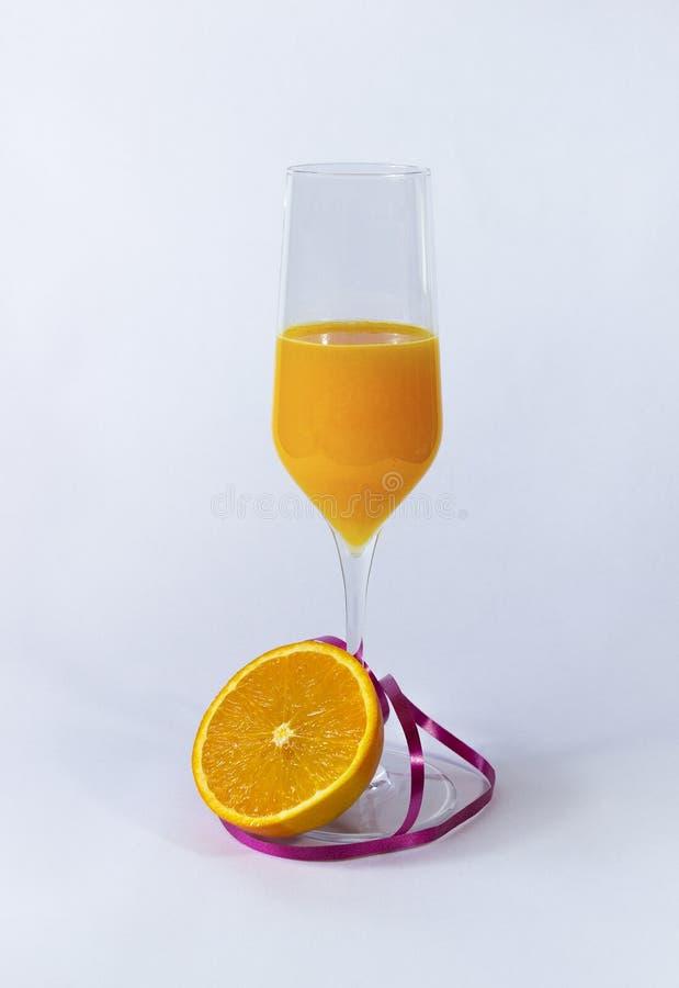 Sok pomarańczowy z pomarańcze obraz royalty free