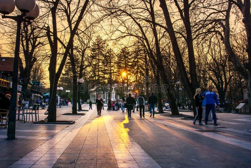 SOKOBANJA, SERBIA - 25 marzo 2017: Sokobanja, città w della stazione termale della Serbia fotografie stock libere da diritti