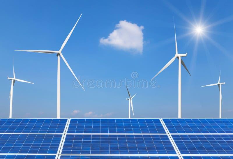 Sol- celler och vindturbiner som frambringar elektricitet i alternativ förnybara energikällor för kraftverk från naturen arkivbilder