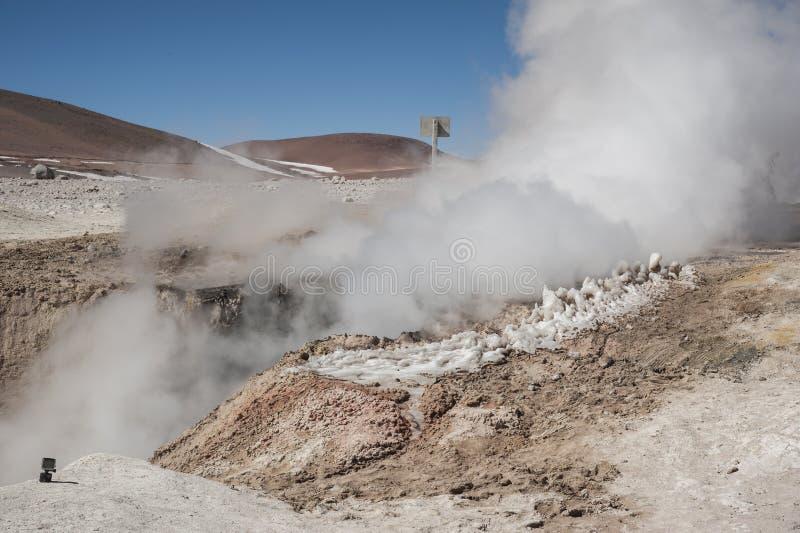 Sol de Manana, Dämpfen geothermisch und Geysirfeld, Reserva Nacional de Fauna Andina Eduardo Abaroa, Bolivien stockfotos