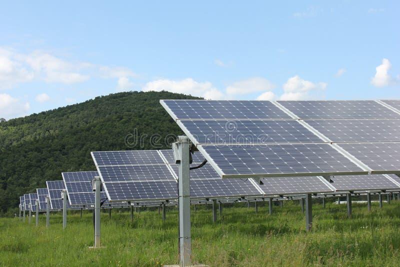 Sol- energi, solpaneler, renewables arkivfoton