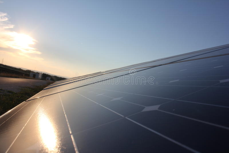 Sol- energi, solpaneler, renewables, PV-enheter royaltyfria foton