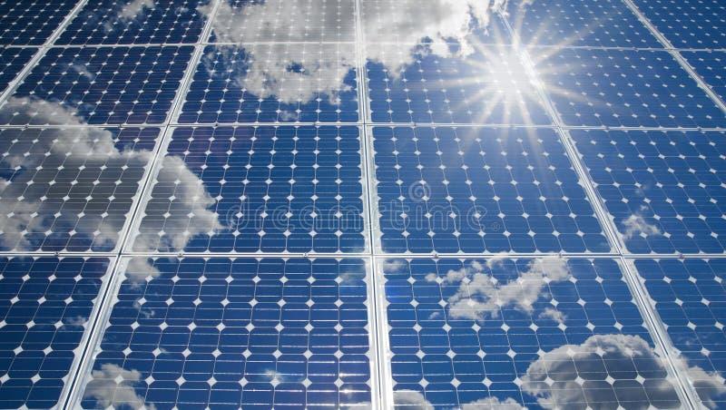 Sol- energibakgrund fotografering för bildbyråer