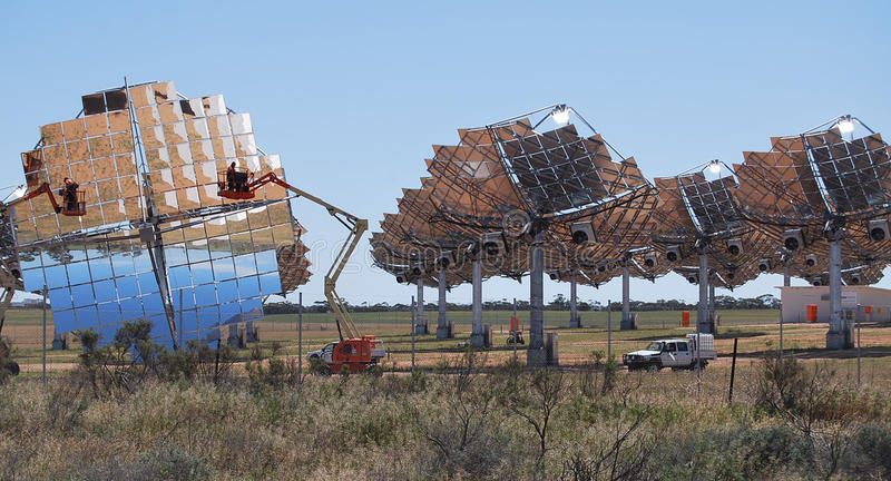 Sol- lantgård som gör ren Carwarp Australien arkivfoto