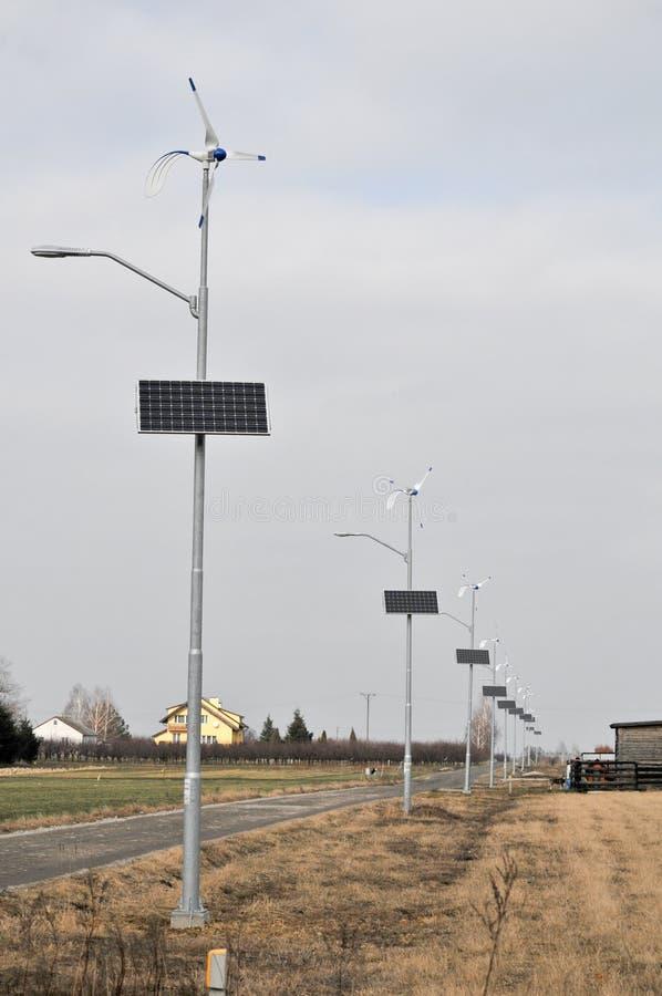 Sol- och vindenergi royaltyfria bilder