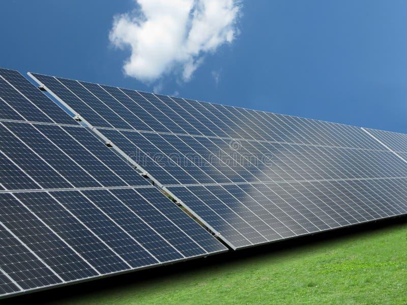 sol- panel royaltyfri foto