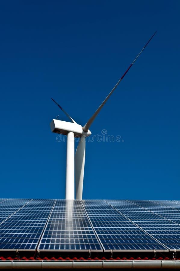 sol- wind för energi fotografering för bildbyråer