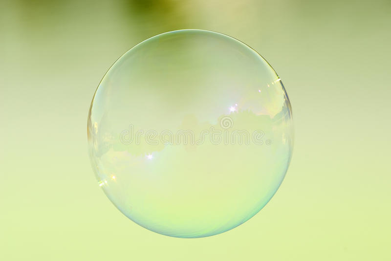Sola burbuja de jabón fotos de archivo libres de regalías