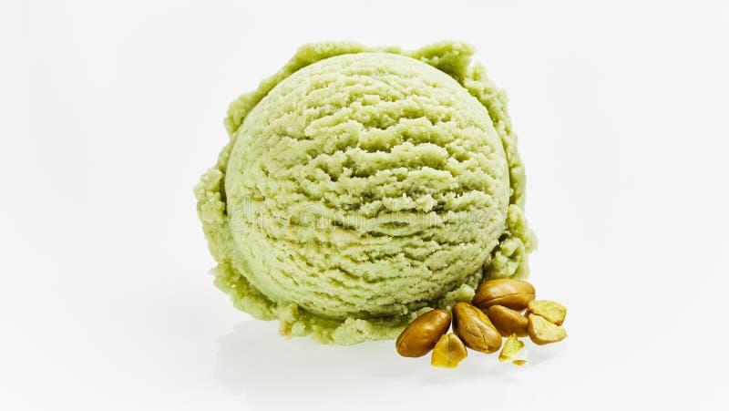 Sola cucharada del helado verde del pistacho fotos de archivo