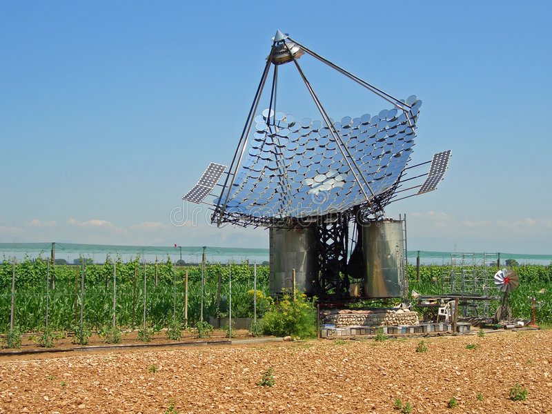 Download Solar Panels Royalty Free Stock Image - Image: 2904656