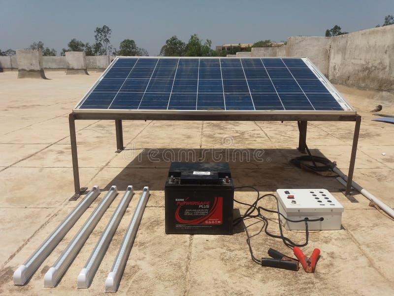 Solarbeleuchtungssystemausrüstungen stockfotos