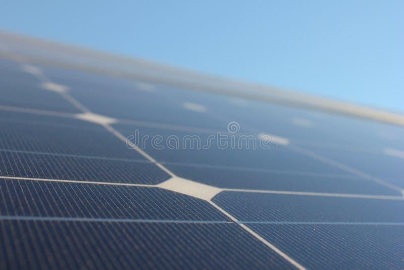 Solarenergie, Sonnenkollektoren, erneuerbare Energiequellen, PV-Module stockbilder