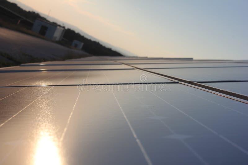 Solarenergie, Sonnenkollektoren, erneuerbare Energiequellen, PV-Module lizenzfreie stockfotografie