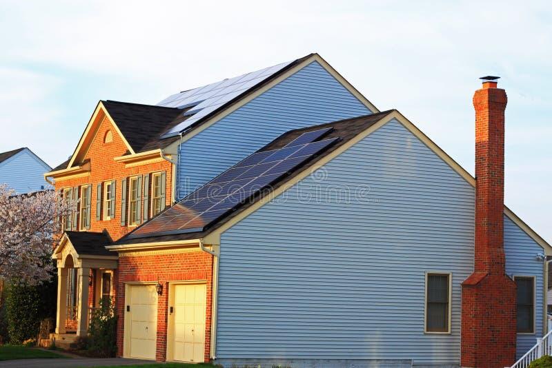 Solarhaus lizenzfreies stockfoto